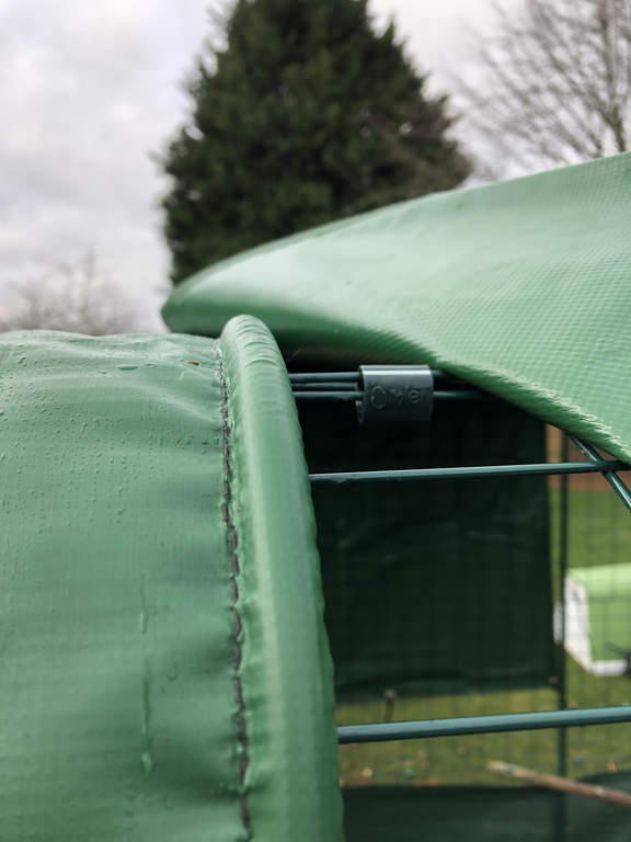 Heavy Duty Cover With Gutter Edge For Walk In Run 2m Outdoor