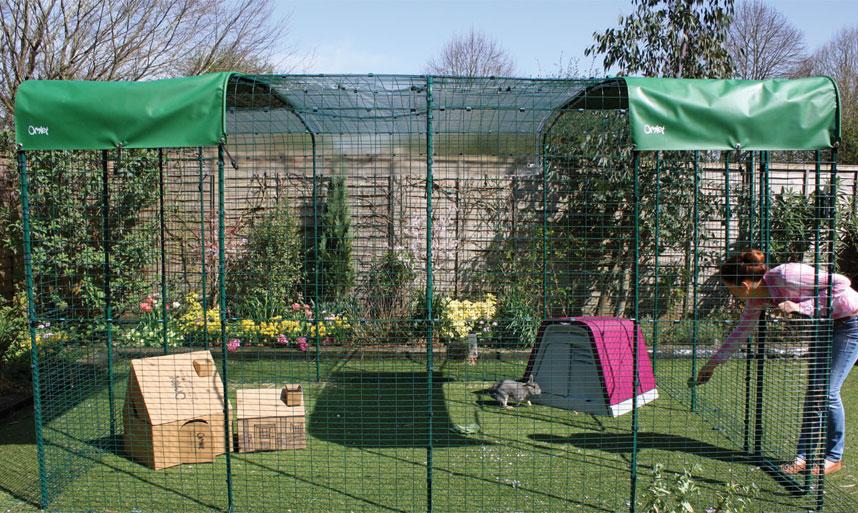 grand enclos pour lapins lapins omlet. Black Bedroom Furniture Sets. Home Design Ideas